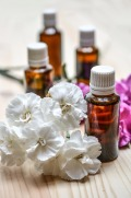 essential-oils-1433693_1280